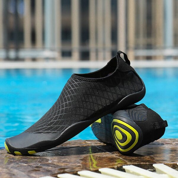 Men Swimming Sneakers Outdoor Sports Diving Water Shoes Seaside Beach Surfing Slippers Quick-Drying Upstream Aqua Shoes